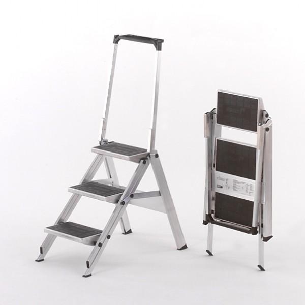 Little Jumbo mit Sicherheitsbügel und Gummibelag-Stufen 310B